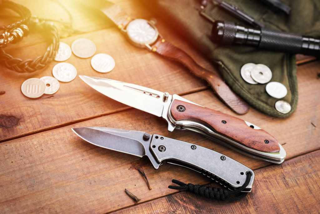 double action knives